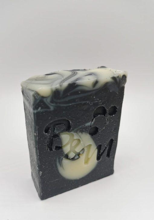 savon naturel surgras bio charbon végétal bulle et maille